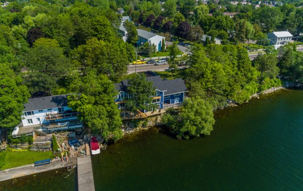 Kingston waterfront home for sale - 4448 Bath Road