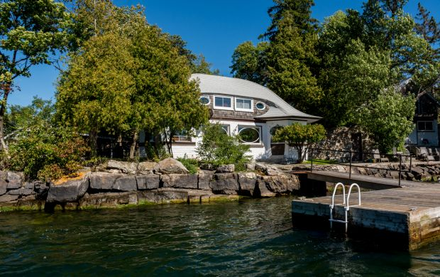1000 islands cottage for sale k18001025 66 hay island rh adamkoven com island cottages for sale ontario canada island houses for sale